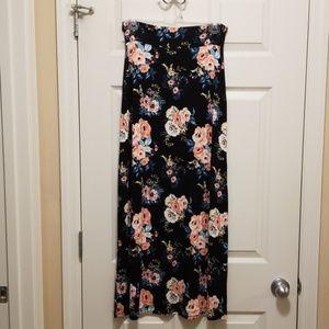 Charlotte Russe Maxi skirt
